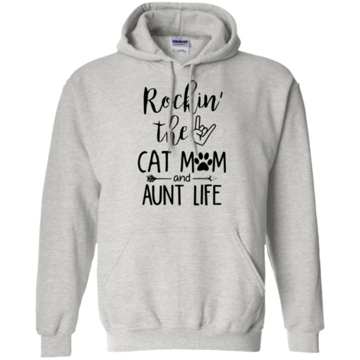 Rockin the cat Mom and Aunt life